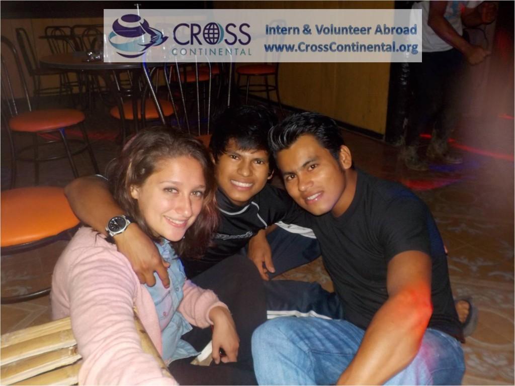 international internships volunteer abroad intern abroad Latin America Ecuador 14w tori wildlife internships abroad-with locals